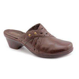 CLARKS Brown Addey Trust Leather - Size 6M